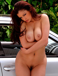Aria giovanni spoil her with luxury