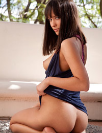Nadia aria natural brunette with a lovely bush and butt